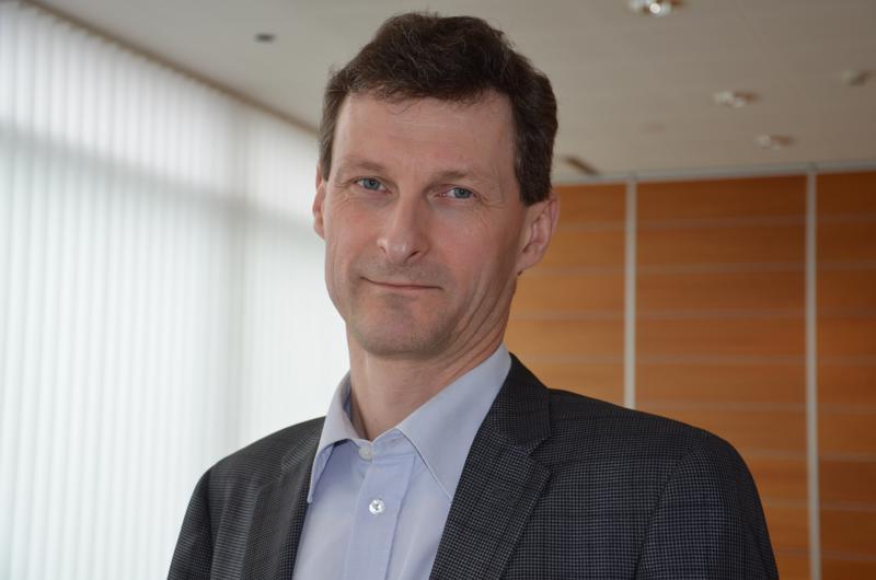 Kaustislainen maanviljelijä Seppo Paavola on Atrian hallituksen puheenjohtaja. Hän on toiminut yhtiön hallituksen jäsenenä vuodesta 2012.