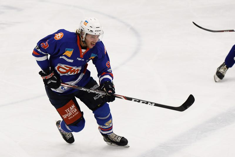 Niklas Sundfors osui lauantai-iltana kahdesti.