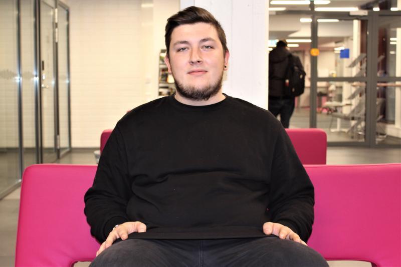 Belgiasta Suomeen opiskelemaan tullut Tim Vrancken haluaa tehdä tulevaisuudessa töitä lasten parissa.