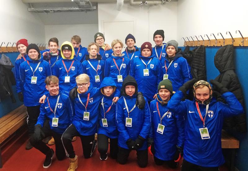FC-92:n junioreilla oli kunniatehtävä olla töissä Suomen historiallisen EM-kisapaikan ratkaisseessa otteussa.
