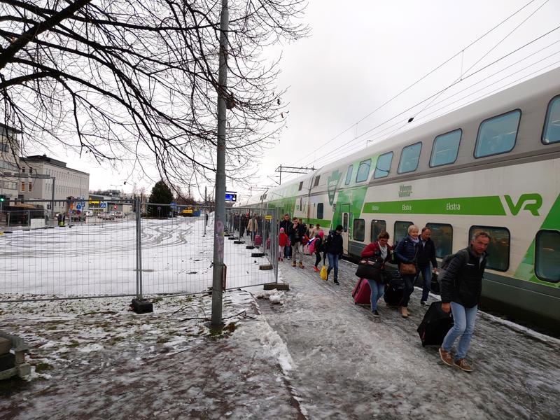 Rautatieaseman pohjoisen pään parkkipaikka on ollut pois käytöstä lokakuun alkupuolelta lähtien. Se on aiheuttanut ylimääräistä päänvaivaa junamatkustajille.
