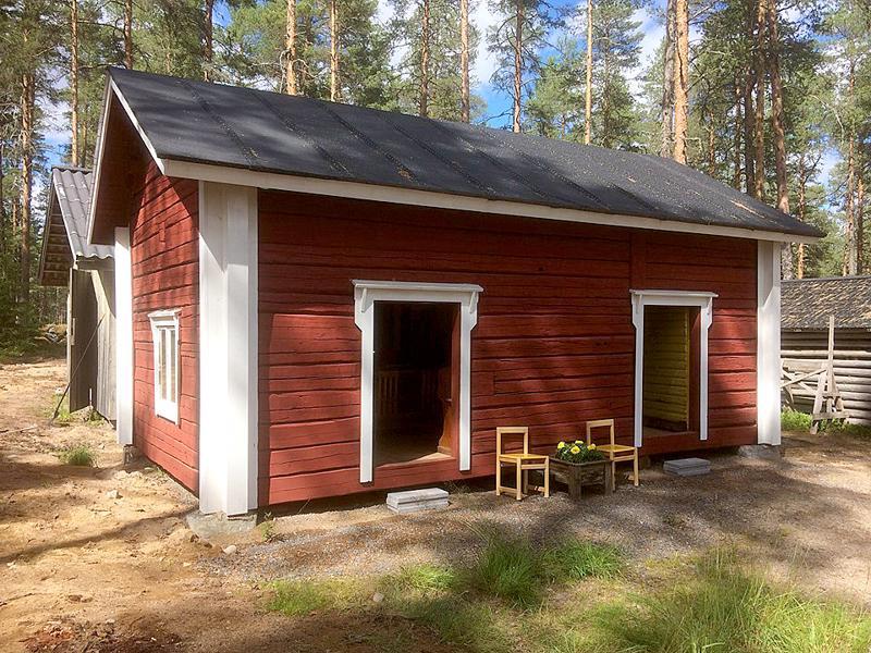 Lestijärvi: kotiseutumuseon alue. Museon tuorein lisä on Tuikan aitta koulumuseoineen. (Kuva: Noora Nyberg)