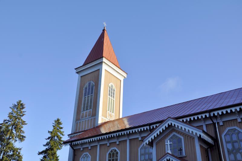 Toholampi: kirkko.