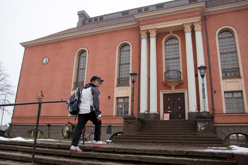 Esko Björk on käynyt Kaikukortilla katsomassa Kokkolan kaupunginteatterissa Nunnia ja Konnia –musikaalin, ja uusi teatterikäynti on luvassa joulukuun puolella.