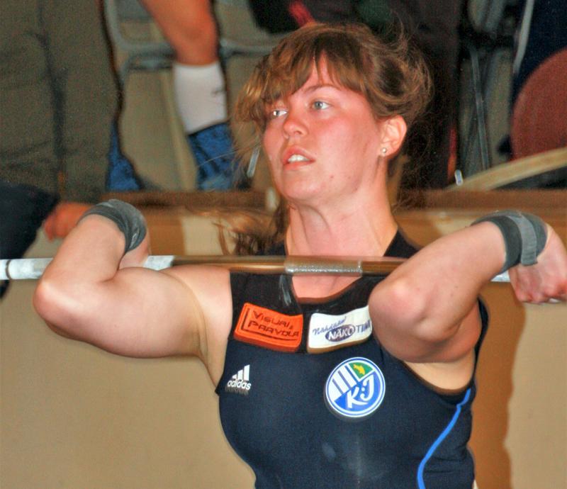 Fanni Niemelä palasi lavalle ennätyskunnossa.