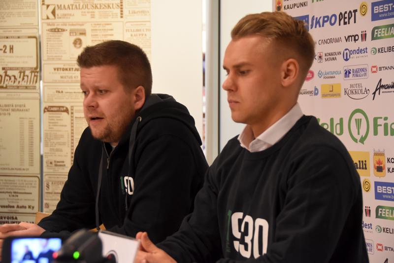 Kakkosvalmentaja Niko Kalliokoski ja KPV:n kymppipaikalle mielivä Aleksi Pahkasalo kertoivat kuulumisia tiistaina.