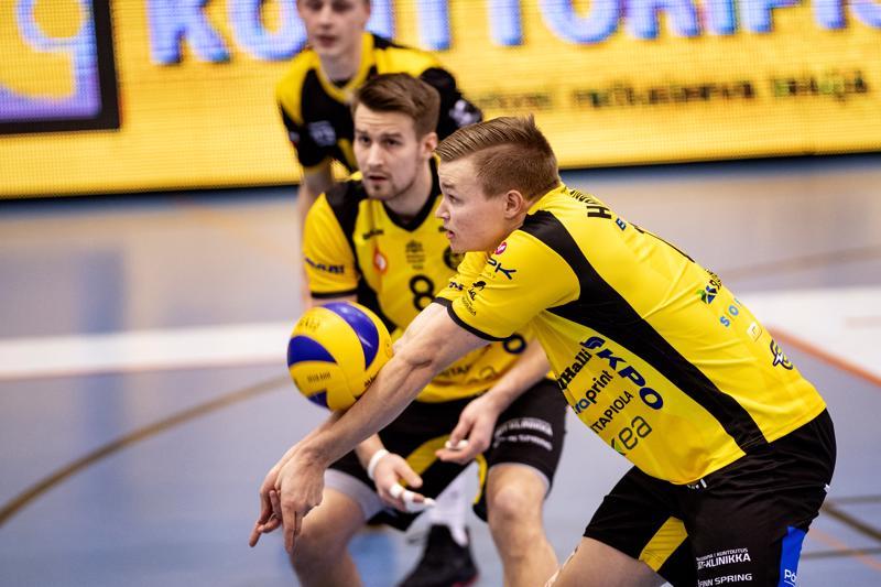 Tiikereiden vastaanotto toimi jälleen mainiosti. Teemu Lahti ja Niklas Breilin seuraavat, miten Jiri Hänninen onnistuu nostossaan.
