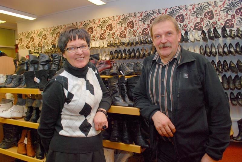 Vuoden yrittäjät Pirjo ja Jorma Honkala kertoivat yrityksen synnystä ja yrittäjän arjesta.
