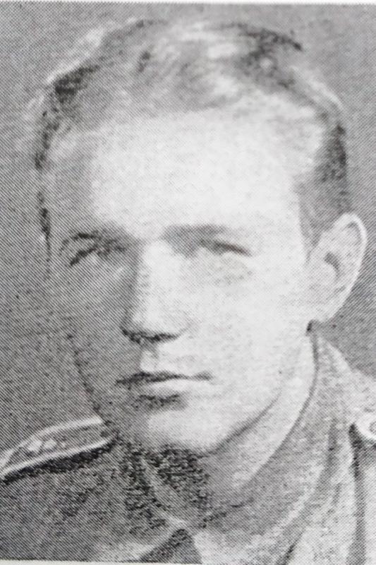 Tykistön tulenjohtaja Åke John Teodor Granholm s. 23.6.1919 Pietarsaari, 10.3.1940 Ruissaari.