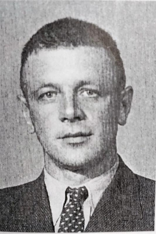 otamies Artturi Abraham Loukeinen s. 30.10.1904 Pietarsaari, k. 10.3.1940 Kollaanjoki.