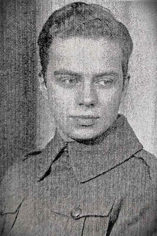 Sotilas Klaus Gustaf Kekoni s. 7.10.1919, k. 15.2.1940 Riihimäen asema.