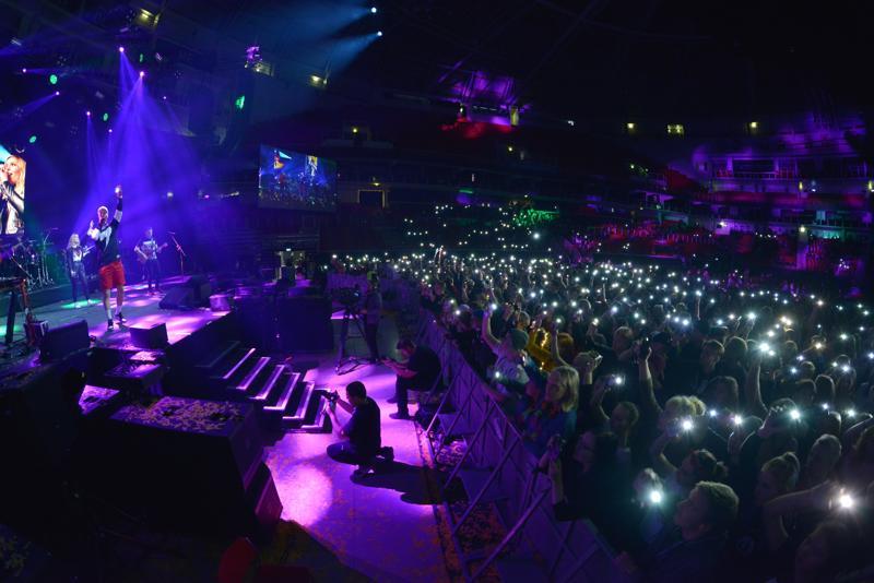 SAVE esiintyi kristillisillä Maata näkyvissä -festivaaleilla. Vuorovaikutus yleisön kanssa on SAVE:n  vahvuuksia.