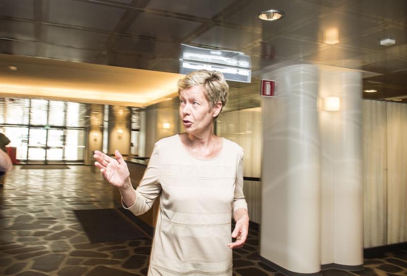Työnantajapuoli halusi Eeva-Liisa Inkeroisen mukaan postilakkoa ratkoneeseen työmarkkinaviisaiden epäviralliseen selvitysryhmään, mutta tämä ei kelvannut valtio-omistajalle. Ryhmän kokoonpanolla ei ollut työnantajien luottamusta.