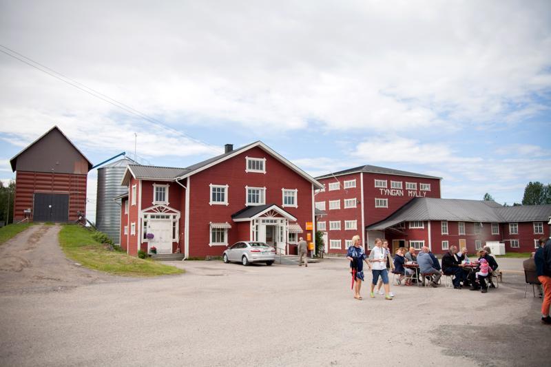 Tyngän Mylly on myynnissä. Kauppaan kuuluu itse myllyn lisäksi tuotemerkki, liiketoiminta ja pihamiljöö rakennuksineen.