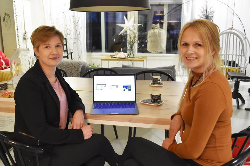 Mira Haukipuro ja Ulla Hiltunen pyörittävät mainostoimisto Utumediaa tällä hetkellä päivätöidensä ja opintojensa ohessa.