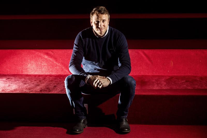 Maalin suulta liike-elämään. Juuso Riksman on nykyisin MTV:n C-Morella myyntipäällikkönä.