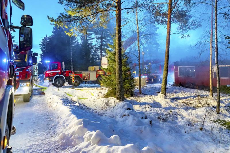 Tulipalo vaurioitti Haapavedellä rivitalon toista osaa kauttaaltaan.