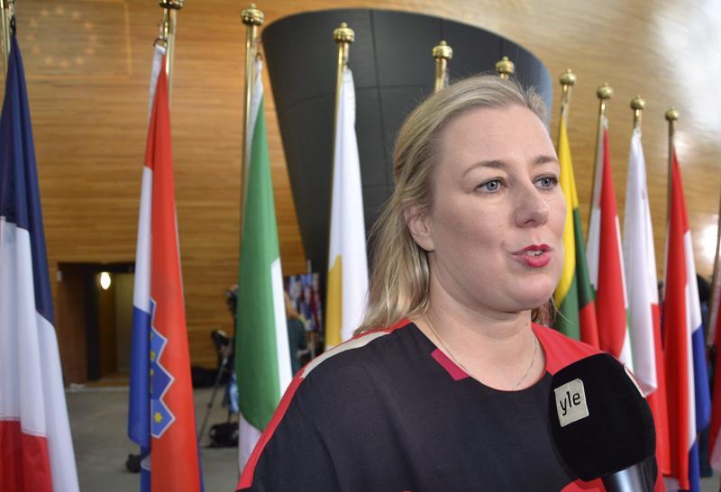 Kokkolalainen EU-komissaari Jutta Urpilainen juhlii itsenäisyyspäivää ulkomailla. Hän matkustaa tärkeälle työmatkalle Etiopiaan.