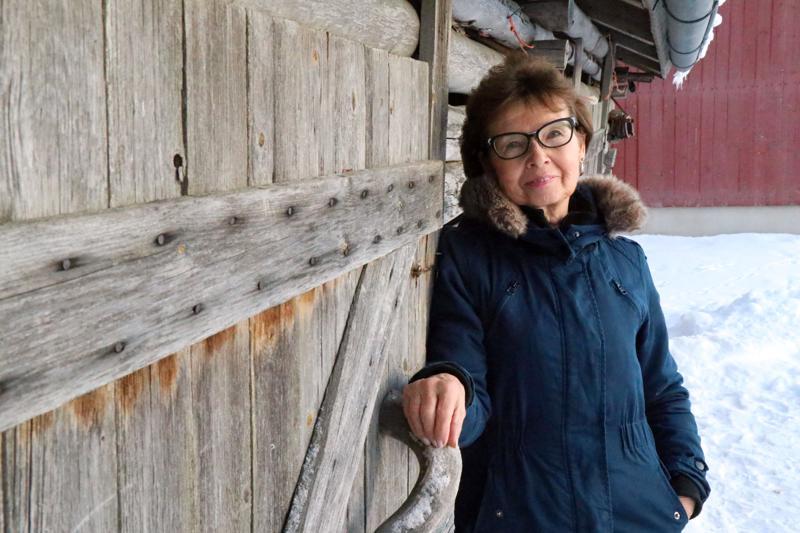 Sirkka -Leena Känsäkangas on sanoittanut ja säveltänyt omia lauluja jo 25 vuotta.