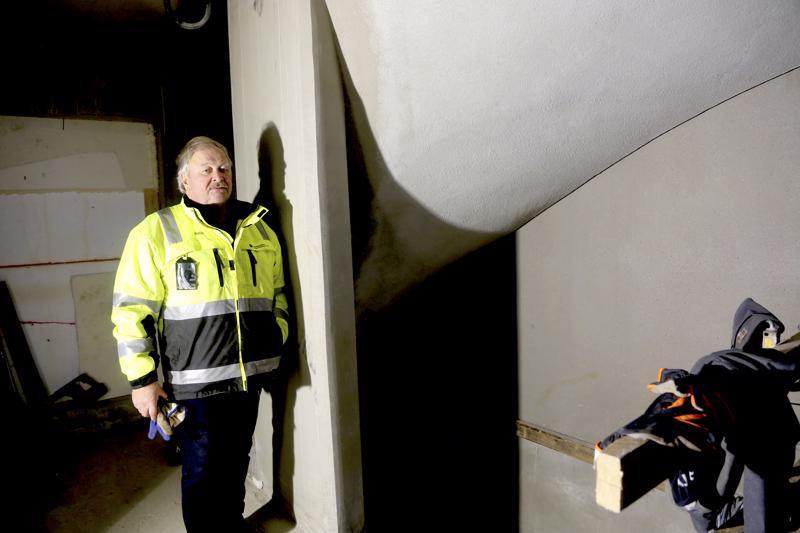 Reijon Portin portaikot nostettiin paikalleen kokonaisena elementteinä. Yksi portaikkoelementti painoi 5000 kiloa. Kerrostalossa on kolme kerrosta ja myös hissi.