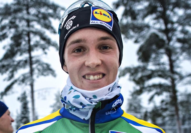 Aivan pelkkää urheilua eivät Tero Seppälän päivät ole pullollaan, sillä hän suorittaa urheilun ohessa pikkuhiljaa metsäinsinöörin tutkintoa.