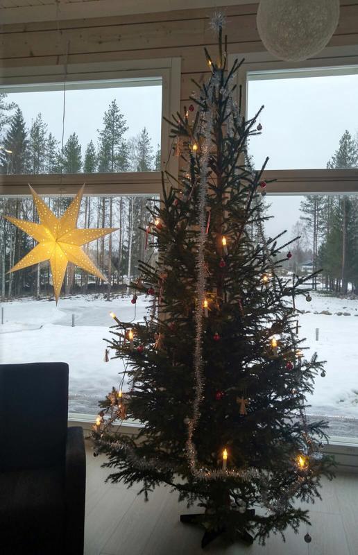Näin kaunista on Katri Humalajoen kodissa Sokojalla.