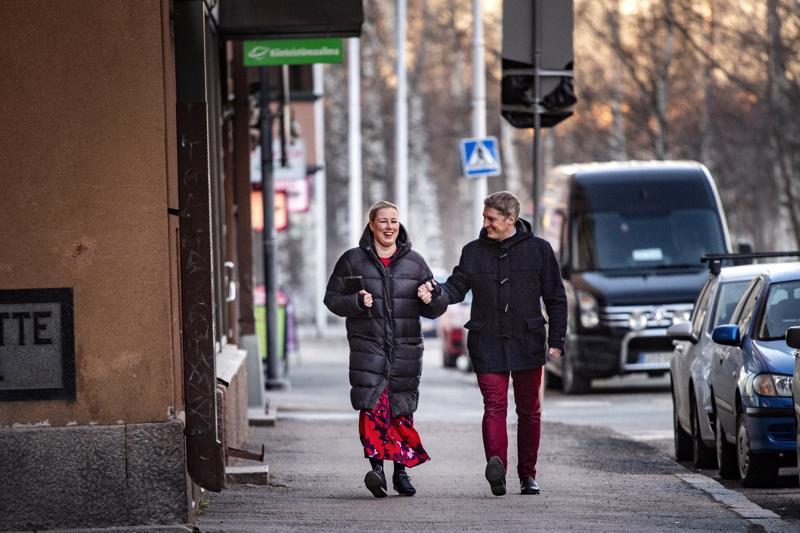 Jutta Urpilaisen ja Juha Mustosen tie vei Brysseliin. Urpilainen aloitti marraskuun alussa EU-komissaarina.