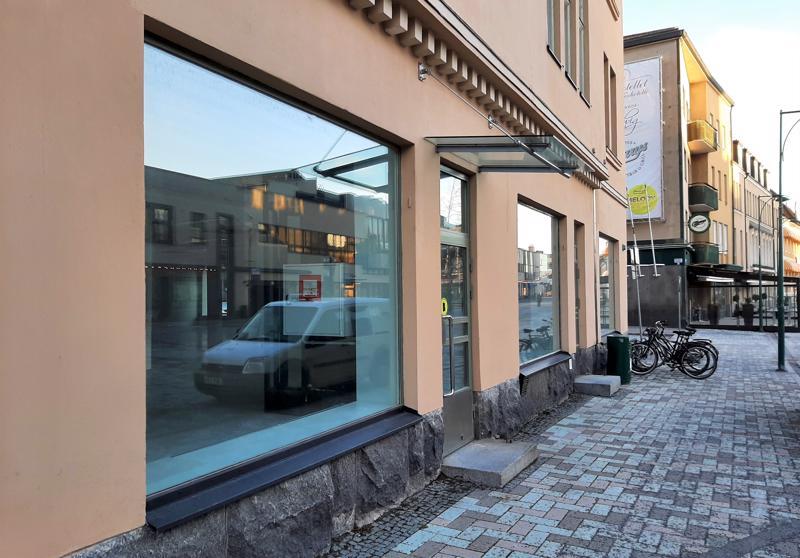 Åströmin kiinteistöön aletaan talven aikana rakentaa pikaruokaravintolaa. Hesburger harkitsee myös hotellia taloon.