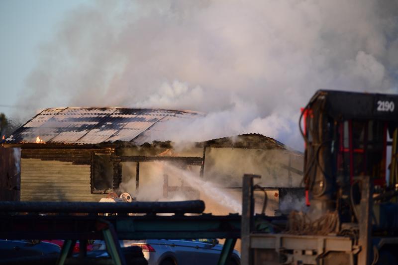 Kruunupyyssä syttyi rakennuspalo teollisuusalueella perjantai-iltapäivänä.