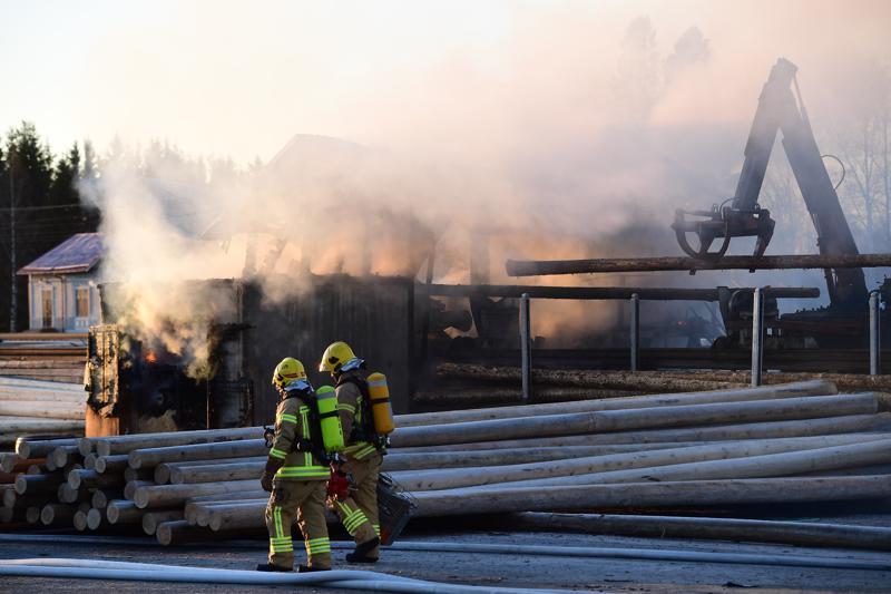Sahan alueella Kruunupyyssä syttyi tulipalo perjantaina.