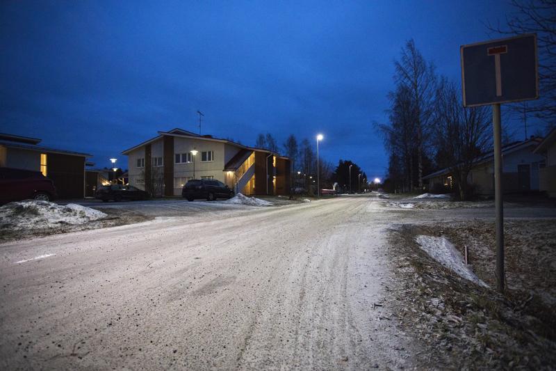 Keskipohjanmaan saamien tietojen mukaan uhri asui Erkintiellä.