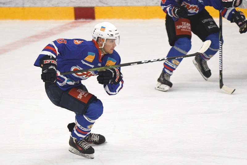 JHT:n Teemu Laurila sai urakoida ottelussa huolella, sillä kalajokiset pelasivat Kotkassa viidellä puolustajalla erinäisten poissaolojen vuoksi.