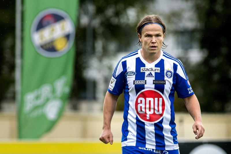 Urallaan mm. KPV:ssä ja HJK:ssa pelannut Petteri Forsell tarvitsee näyttöpaikan ajatellen kesän EM-turnausta.