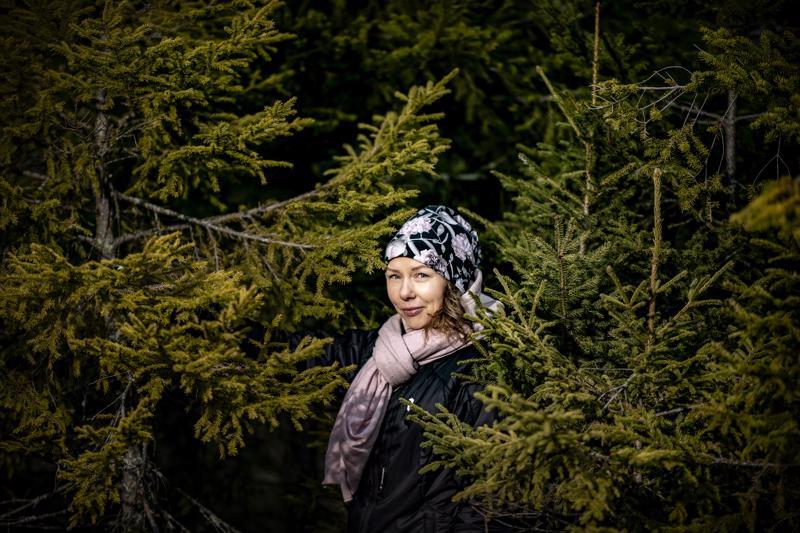 Kokkolalainen Anne-Maria Räsänen ymmärsi panostaa omaan henkiseen hyvinvointiin huomattuaan, että oli muuttunut ärtyneeksi ja ilottomaksi. Nyt hän on saanut elämän peruspilarit jälleen kuntoon, ja jaksaa olla oma iloinen itsensä.