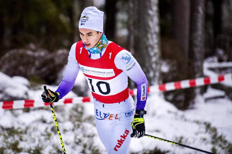 Miska Poikkimäki sai maakuntaviestissä uuden startin kaudelleen.