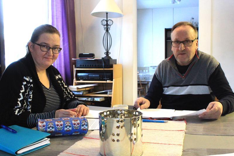 Laura Tikalla ja Jorma Seppälällä on laajat verkostot ja runsaasti osaamista, joilla he haluavat auttaa asiakkaita rakentamaan oman elämänpolkunsa.