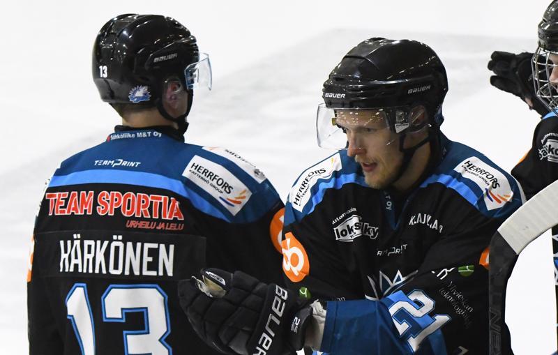 Kari Mattila oli perjantai-iltana tehokkaalla päällä. Hän iski yhden maalin ja antoi kaksi maalisyöttöä. Konsta Härkönen teki ottelun viimeisen maalin tyhjiin.