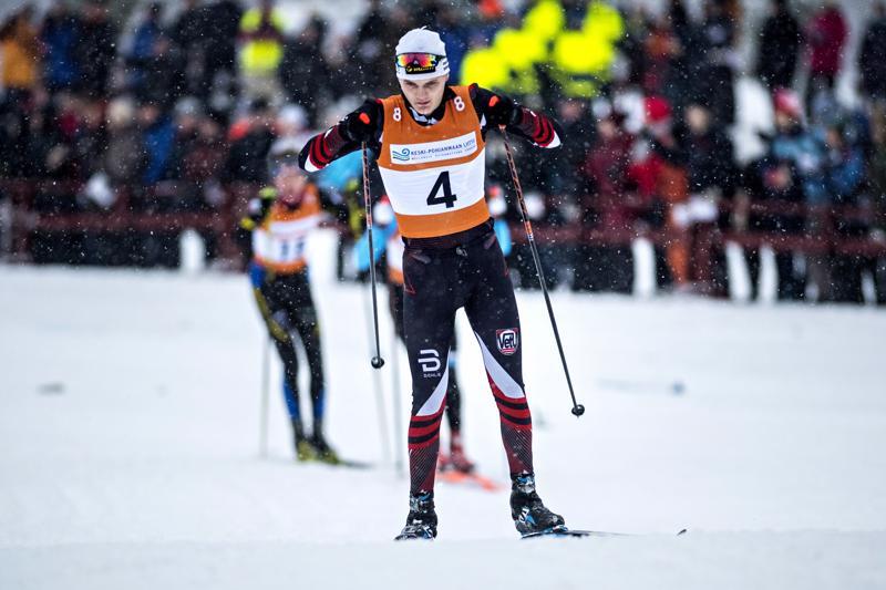 Vetelin Urheilijoiden Aapo Taipale on yksi sprintin miesten piirinmestaruutta tavoittelevista hiihtäjistä.