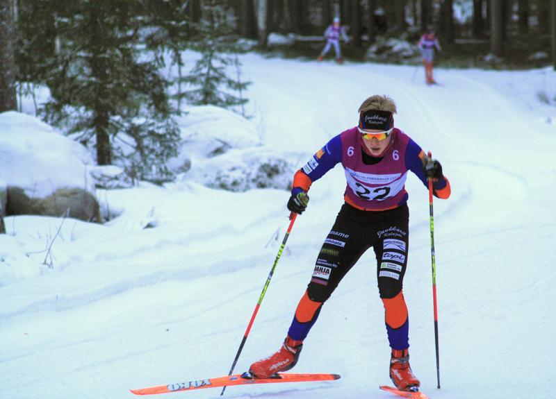 Oscar Rahja hiihti voittoon  M14 sarjassa.