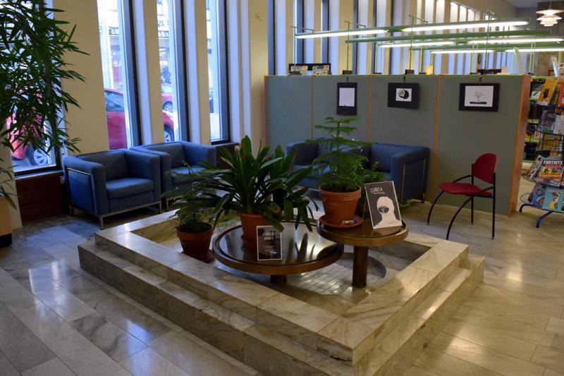 Kirjaston kehittämisraportti pohtii, voisiko tiloissa olla muitakin kuin nykyisiä toimintoja.