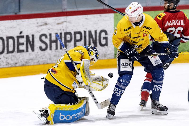 RoKi-vahti Paavo Hölsä pysäytti 39 kiekkoa ja oli The Man of the match.