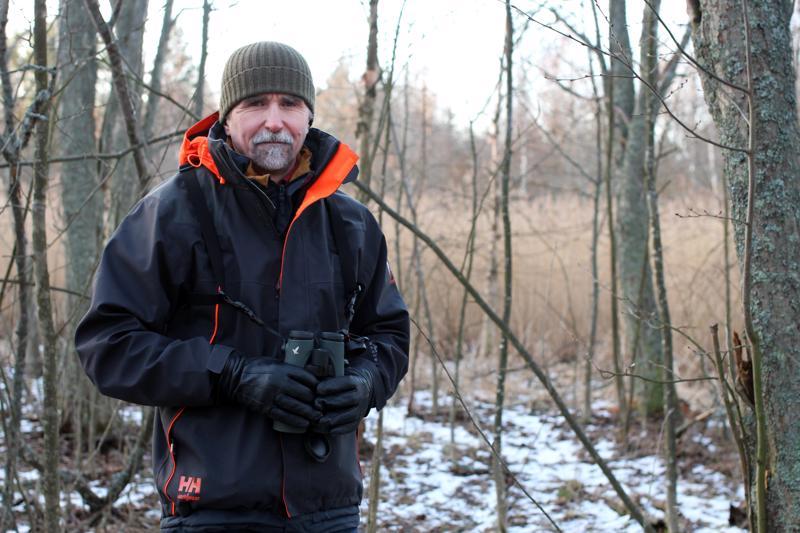 Biologi ja Birdlife Keski-Pohjanmaan puheenjohtaja Juhani Hannila toivoo, että talvella olisi lunta. Suomen eläimet ja kasvit ovat sopeutuneet siihen.