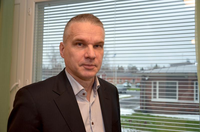 Alavieskan kunnanjohtaja Kari Pentti arvioi, että kunnan vuokra-asuntotoiminnan kehittämisellä voidaan kuntaan saada uusia asukkaita.