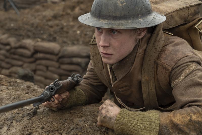 Vakavakasvoinen George MacKay saa tulikasteensa 1917:ssa niin pääroolissaan kuin näyttelijänä.