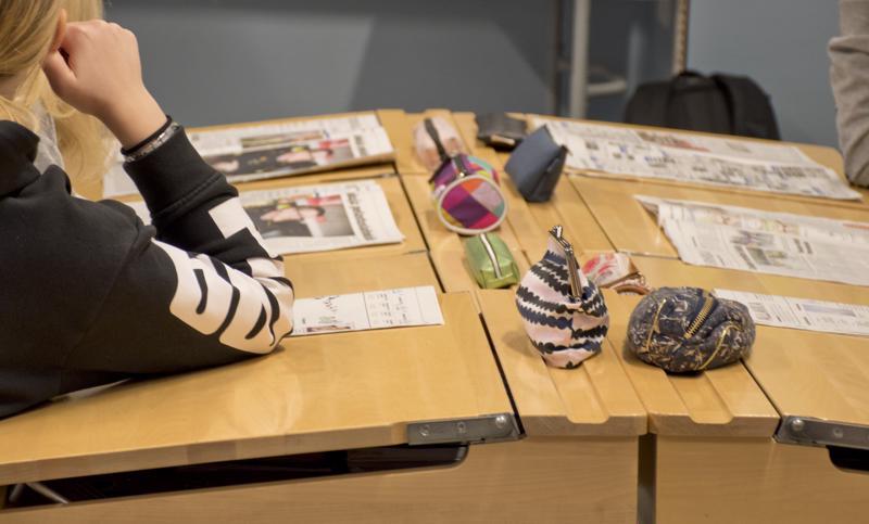 Esittelyn jälkeen koululaiset saivat ruveta itse suunnittelemaan omaa lehtijuttua.