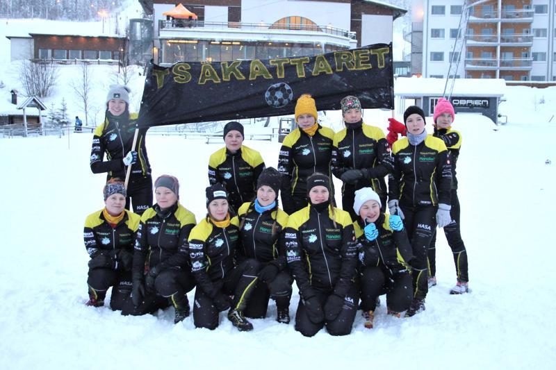 Tsäkättäret voittivat MM-hopeaa umpihankifutiksen MM-kisoissa Hyrynsalmella viime viikonloppuna.