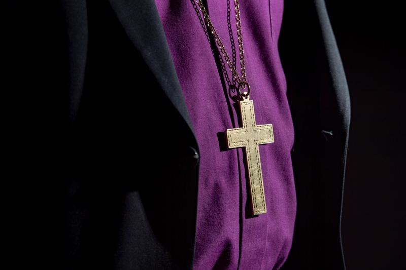 Suomen hiippakuntien piispojen ohella kirkolliskokoukseen osallistuvat vaaleilla valitut 32 pappisedustajaa ja 64 maallikkoedustajaa.