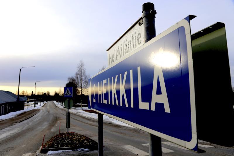 Heikkiläntien liikenneturvallisuus herättää aika ajoin keskustelua Vetelissä. Perjantaina tiellä sattui kahden henkilöauton kolari, kun toinen autoista väisti koululaista.