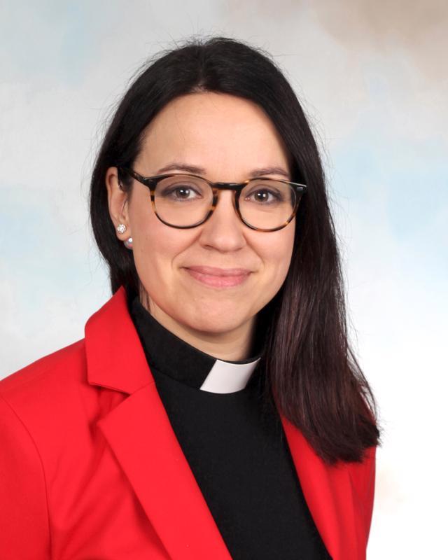 Pyhäjärven kirkkoherra Mirva Ahola valittiin hiippakunnan pappisasessoriksi.