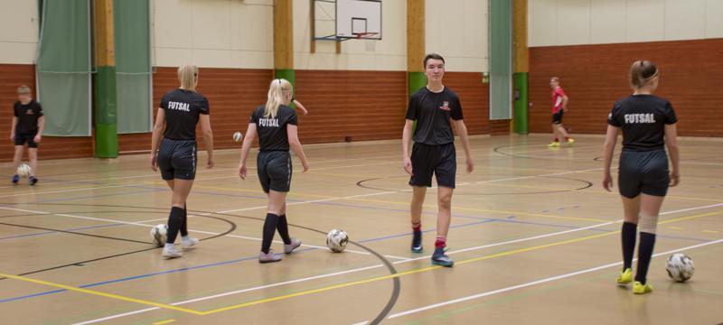 FC Ysikaks Nivala treenaa useita kertoja viikossa.